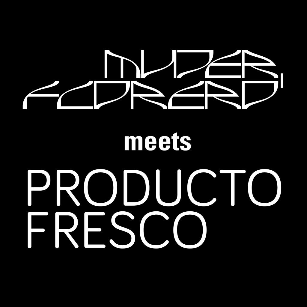 Mujer, Florero meets Producto Fresco